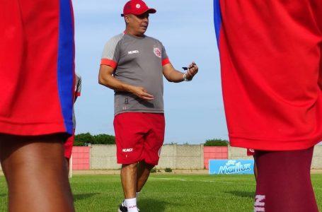 Evaristo Piza analisa confronto contra o Cruzeiro e projeta clássico de domingo