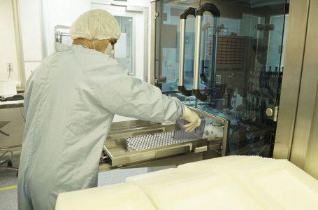 China envia ao Brasil insumo para produção de 5 milhões de doses da vacina CoronaVac