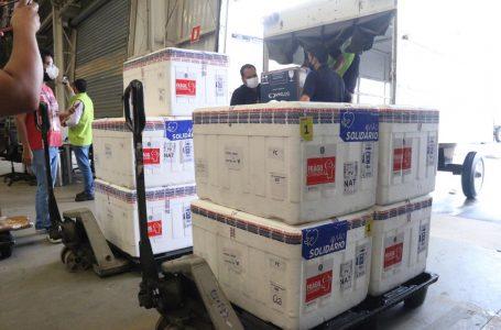 RN recebe primeiro lote da vacina da Pfizer e mais doses do imunizante de Oxford