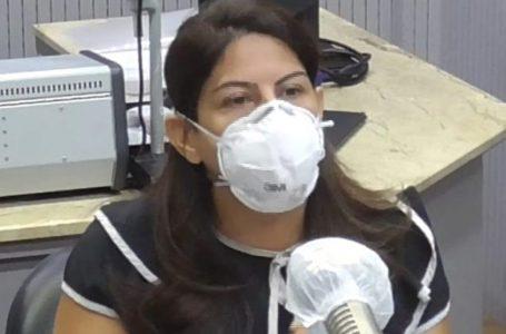 """Após fala de Roberta Lacerda, Sociedade de Infectologia diz que é """"inadmissível"""" profissional de saúde fazer campanha contra vacina"""