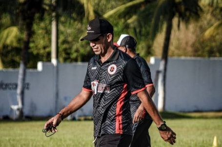 Palmeira dispensa Bira Lopes e contrata técnico campeão