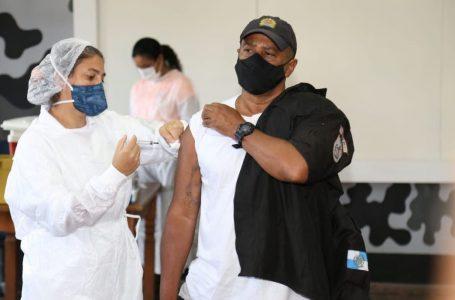 Lewandowski suspende antecipação de vacina de policiais e professores no RJ