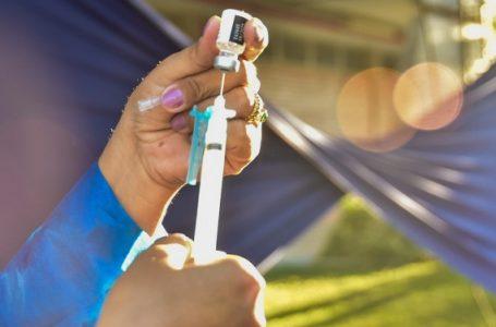 Covid-19: Israel se prepara para possível aplicação de quarta dose da vacina