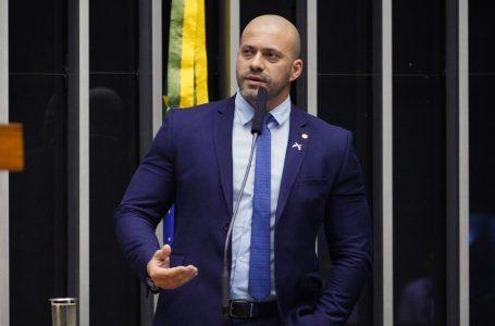 Relator pede afastamento de Daniel Silveira por gravação de reunião