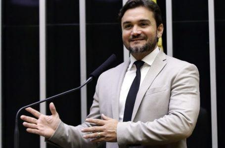 Deputado propões reduzir Imposto de Renda das empresas de 25% para 12,5%