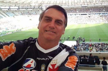 Bolsonaro cita crise de três clubes brasileiros em tema sobre aprovação da proposta clube-empresa
