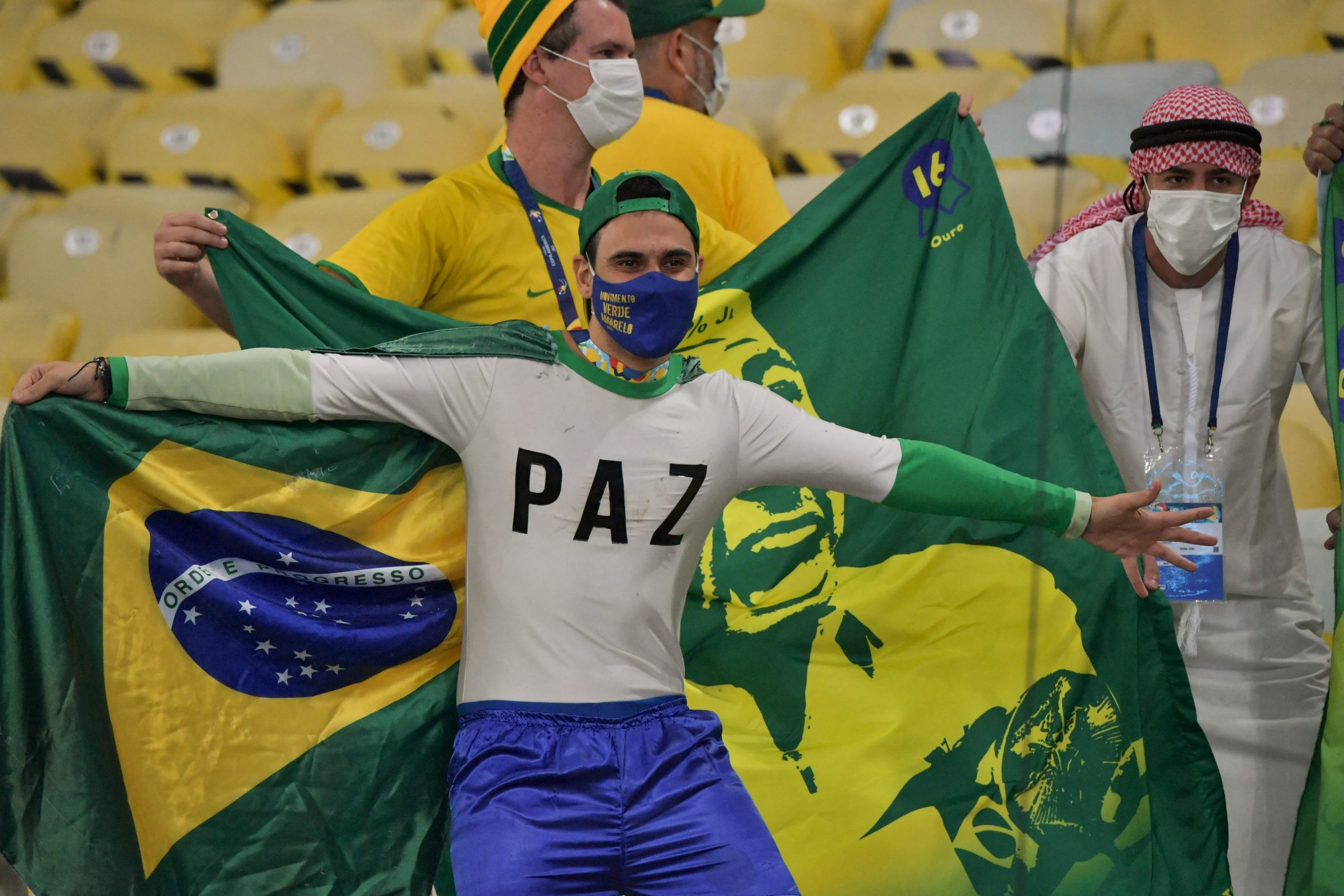 Estrangeiros das seleções trouxeram nova variante da covid ao Brasil durante a Copa América