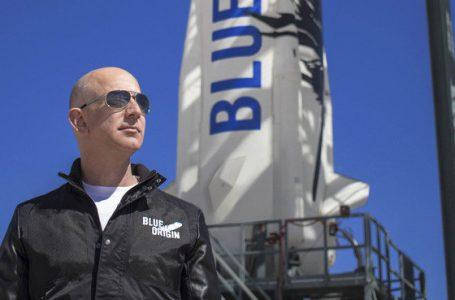 Voo de Bezos é concluído com sucesso; Blue Origin entra no mapa do turismo espacial