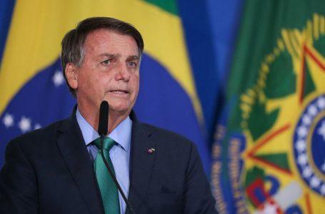 Bolsonaro deve ir à Câmara para entregar novo Bolsa Família