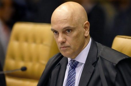 Alexandre de Moraes é alvo de ataques em bar, fica sabendo e presta queixa