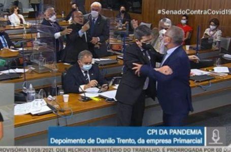 Renan Calheiros e Jorginho Mello trocam xingamentos na CPI da Covid; veja vídeo