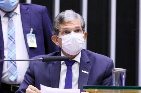 Petrobras é responsável por 34% do total do preço da gasolina, segundo presidente da companhia