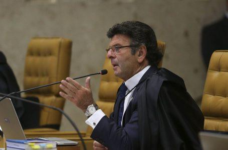 Em resposta a Bolsonaro, Fux diz que ninguém fechará o STF e que desrespeitar decisões judiciais é crime de responsabilidade