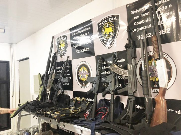 Policiais que apreenderem armas ou munições receberam recompensas com a nova lei - Foto: Divulgação